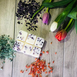Discover Candles - Wax Melts - Reiki Charged Crystals